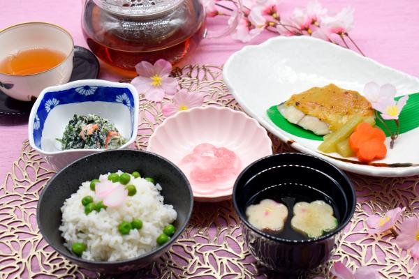 病院・介護施設様向け 介護食・行事食・減塩メニューのレシピ!